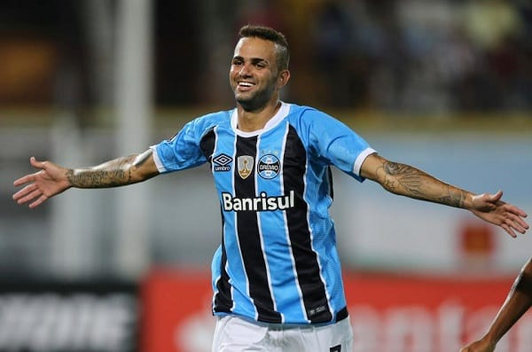 Gremio refuses to sell Wanderson Milan. Brazilian club Gremio have rejected AC Milan's €10m plus bonus offer for young right-back Wanderson.