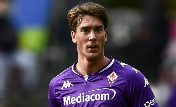 Manchester City and Fiorentina have talk for the signing Dusan Vlajovic